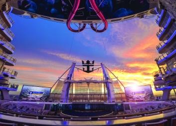 Symphony of the Seas Aquatheater