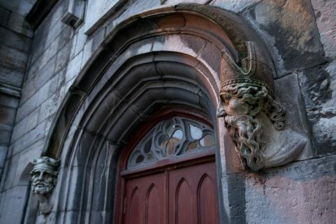 雕刻的圣徒的头皇家教堂城堡爱尔兰