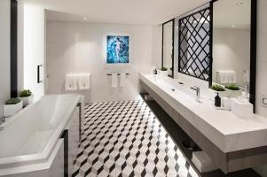 EG18皇家套房浴室