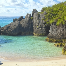 Jobson Cove Beach on the south side of Bermuda